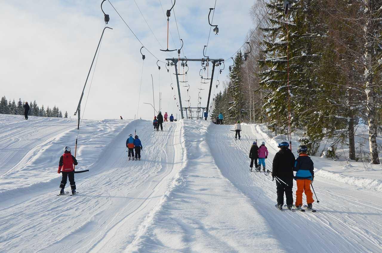 Jedla Bukowina - wyciągi narciarskie